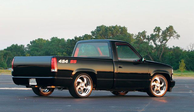 Chevrolet Saw The Gap In Pickup Truck Market There Was No Sporty Trucks At Time So They Took Standard 1 2 Ton Single Cab Chis