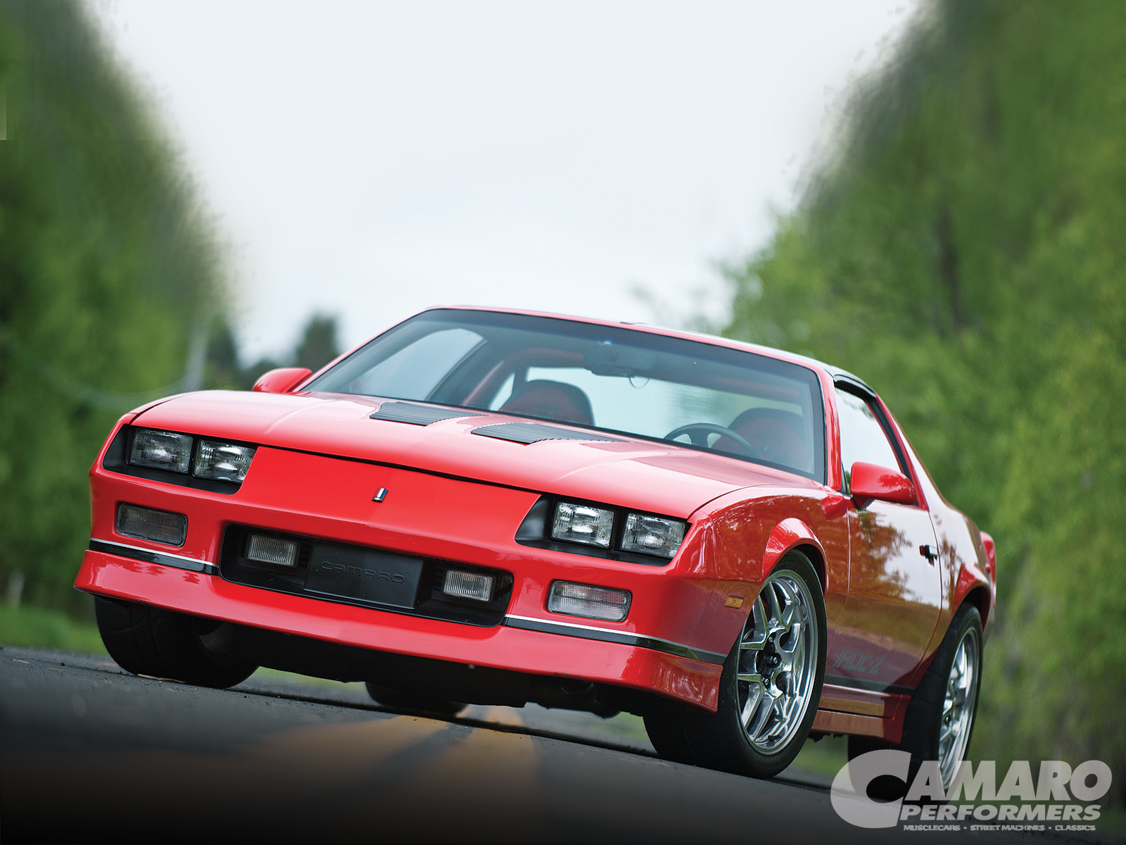 1986 chevy camaro z28 iroc z front angle dust runners. Black Bedroom Furniture Sets. Home Design Ideas