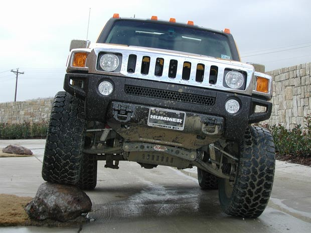 Hummer H2 vs H3: Which One is Actually Better?