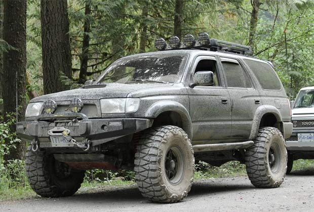 Toyota Off Road >> Jeep Vs Toyota Which One Is Better And Why